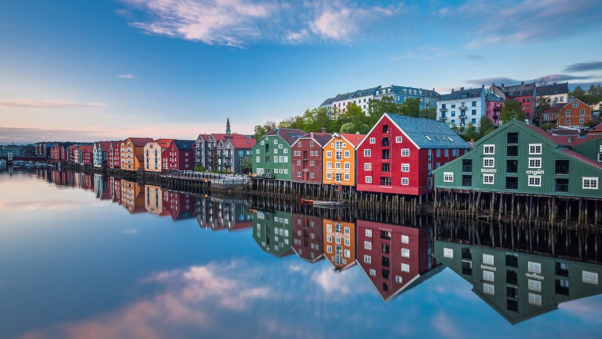 Trondheim Historic Buildings © Knuta Age Dahl VisitNorway.com