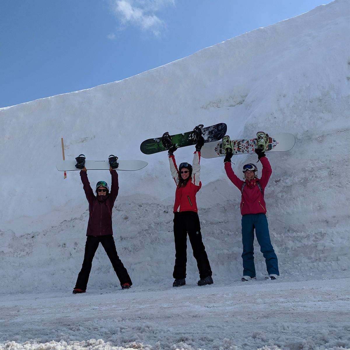 Myoko Snowpack - Andrea, Victoria, Vicky