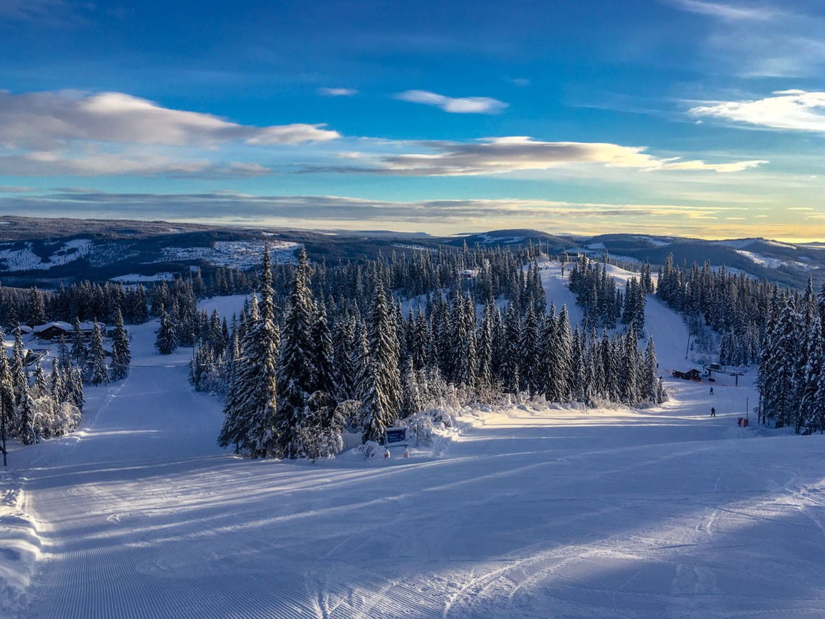 Blue skies and clear slopes in Trysil