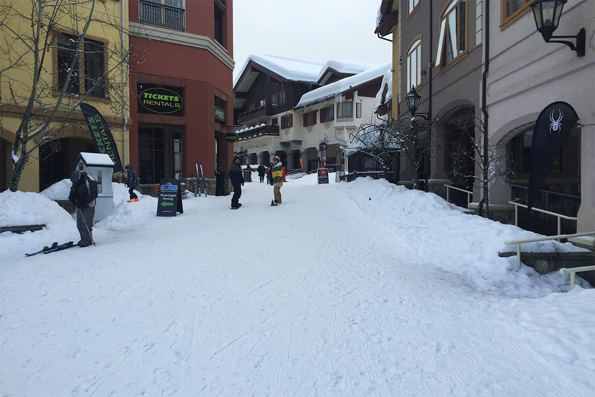 Village Centre Ski Run