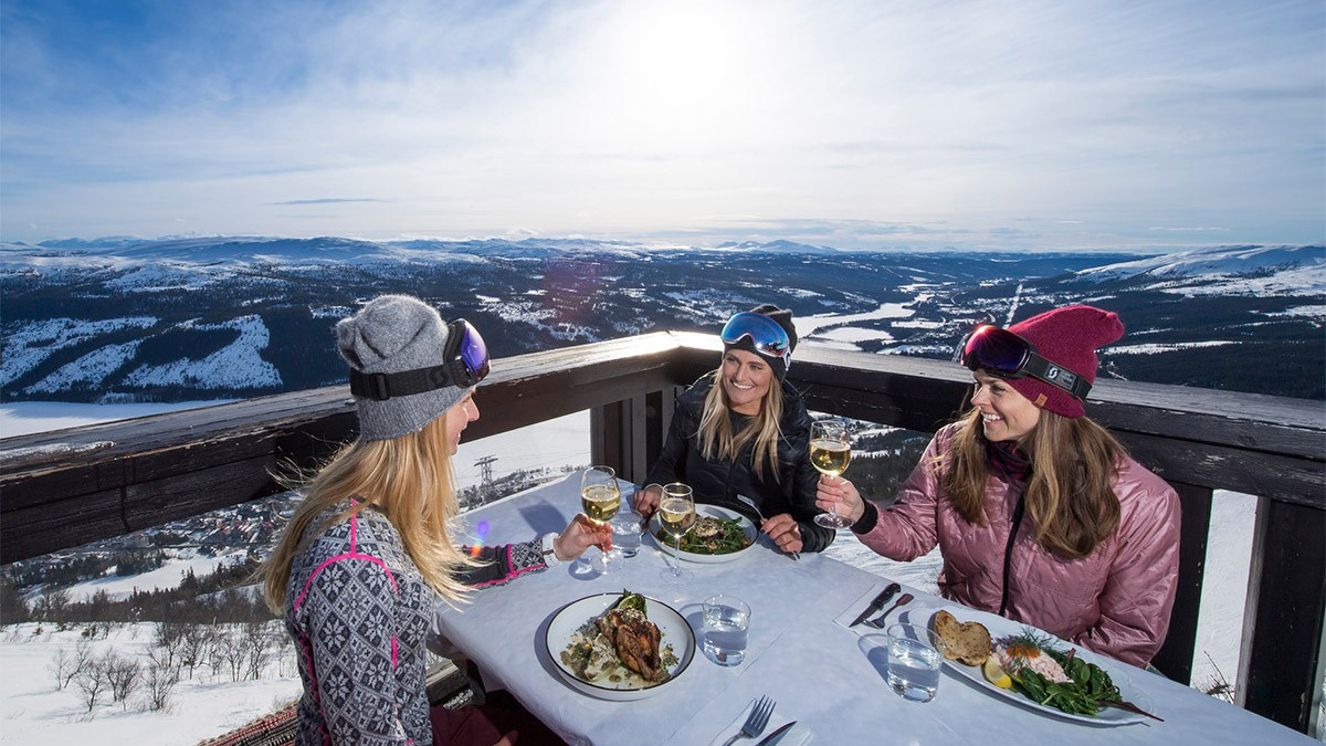 Åre Hummelstugan - Dinner with a View © Ola Matsson