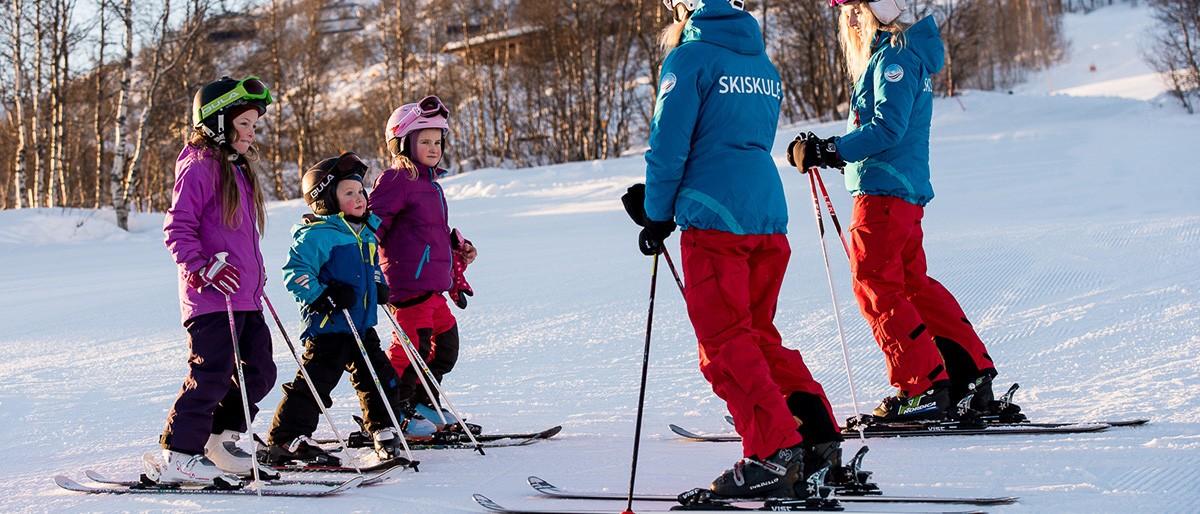 Myrkdalen Ski School © Sverre F Hjornevik