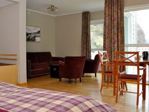Corner Room / Junior Suite